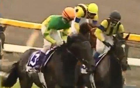 秋古馬三冠を全勝した馬テイエムオペラオー、ゼンノロブロイ、キタサンブラックの三頭しかいない…