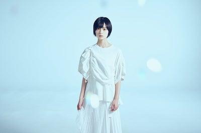 AKBを卒業した平手友梨奈がNHKドラマで藤田菜七子役wwwww